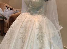 فستان عرس ابيض لبسه عروس فقط