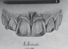 طبيبة أسنان خبرة في التقويم وحالات التجميل والتركيبات