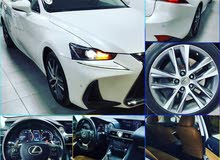 LEXUS IS200 TURBO MODEL 2017 BAHRAIN AGENCY }