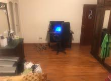 شقة 300 متر للايجار متفرع من مكرم عبيد الدور 13 مش الاخير مع المطبخ