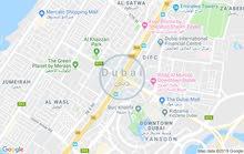 فندق للبيع لقطة موقع مميز في  ديرة دبي تصنيف 3 نجوم على شارعين  مساحة البناء 530