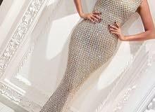 تشكيلة واسعة من الفساتين والملابس النسائية التركية الراقية