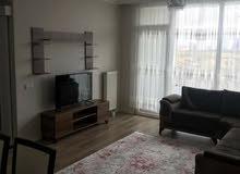 شقة *غرفتين* وصالة *مؤثثة* في ميدان اسطنبول الجديد   تملك شقة بموقع حيوي ويشهد ت
