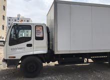 شاحنه تتوفر لدينا خدمات النقل المبرد والجاف جميع مناطق السلطنه