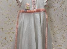 فستان بناتي ابيض قطعاتين قياس 38