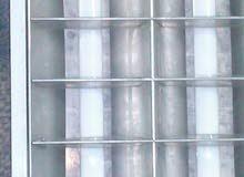 يوجد عدد 11كشاف سقف 2طرنز صالح للأستخدام مخازن وشركات ومكاتب سعر الكشاف 100 جنيه
