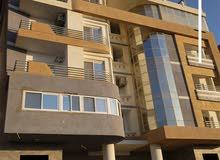 شقه 106 م  للبيع بالاحياء امام مجلس المدينه وبجوار فندق رويال