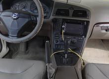 للبيع سيارة فولفو S60 قمة النظافة ماشاء الله وإقتصادية بالنزين جداً