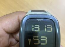 ساعة من شركة سوسرية سواتش