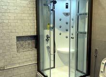 للبيع غرفة استحمام مغلقه متكامله ماركه تركيه المعروضه في الصوره.