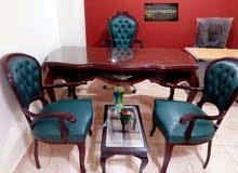 مكتب خشب زان احمر مطعم بالنحاس + كرسي مدير شازلونج +2 كرسي انتظار+ترابيزه