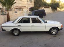 سياره مرسيدس E200 موديل 1983 للبيع كاش