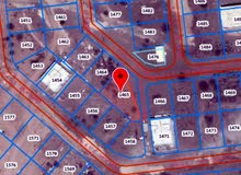 أرض سكنية 951م ببوشر السادسة فيها خرائط 4 فلل