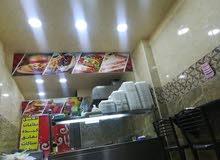 معدات مطعم سناك ومشاوي كامل للبيع بسعر لقطه /بداعي السفر/