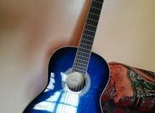 جيتار للبيع نضيف وجديد