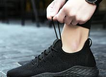 حذاء رياضي جديد للبيع