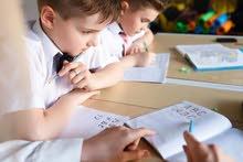 تأسيس ومتابعة الطلاب من حيث القراءة والكتابة واستخدام الطرق الحديثة في  تعليم الطلاب