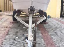 طراد 15.5 قدم مع قالوصة. بحالة ممتازة جاهز للابحار