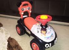سيارة اطفال شبه جديدة