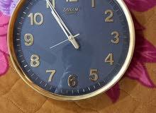 ساعة جدارية