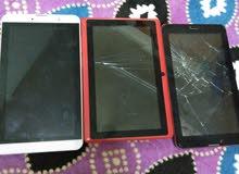 مجموعة هواتف كما في الصورة وتابليت للبيع قطع غيار