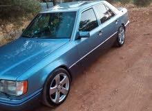 Gasoline Fuel/Power   Mercedes Benz E 200 1988