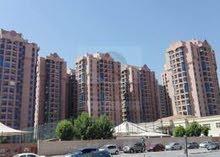 شقة في ابراج النعيميه الطابق 12 غرفة وصاله المساحات الكبيرة 1019 قدم للايجار. الشقه نظيفه. جداً.