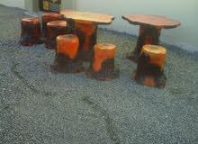 طاولة وكراسي طقم على شكل خشب