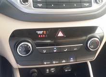 Grey Hyundai Tucson 2017 for sale