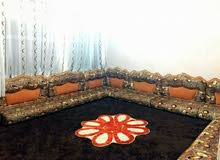 جلسة عربية , مع بساط