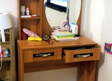 Dressing table / منضدة الزينة / almost new / made in China