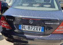 Used condition Mercedes Benz C 200 2001 with +200,000 km mileage