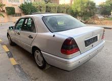 مرسيدس الهرم سي 280