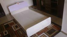 سرير فردي للأطفال في حالة جيدة جدا 1.80 في 90