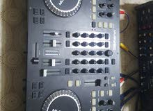 DJ musysic 4 channel +2 amplifier  اربع سماعات+