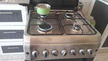 طباخه اربع شعلات نظيفه جدا