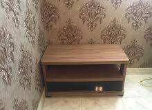 طاولة خشبية للبيع