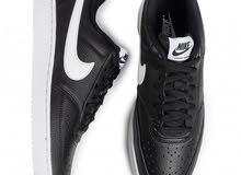 Court Vision Low Sneakers in Black BlackWhitePhoton Dust