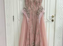 للإيجار فستان خطوبة تصميم راقي جدا