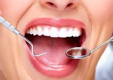 طبيب اسنان بخبرة واسعة