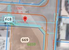 أرض سكنية كورنر للبيع في المعبيلة 8 ( مستوية/مساحة اضافية)