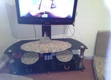 طاولة تلفزيون جديد