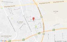 خلف البنك الاهلي  قبل دوار الملك عبد العزيز