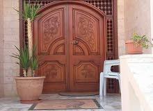 تركيب جميع انواع البواب وتصنيع البواب والمضلات والمطابخ وصيانت البواب