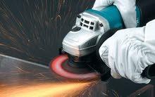 """صاروخ تقطيع وصنفرة من انتاج """"ماكيتا"""". Makita 9557HN 840W Angle grinder."""