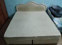 سرير مع مرتبة bed and matrass