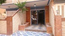 امتلك شقة سوبرلوكس بشاطئ النخيل بالقرب من الشارع التجارى – دقائق من الشاطئ # بوابة رقم (2)