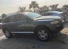 Volkswagen Touareg car for sale 2005 in Farwaniya city