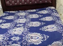 سرير لشخصين  خشب بحريني للبيع