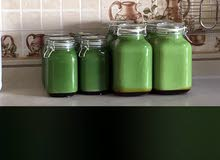 سمن بقر فاخر ريح وطعم مايفرق شيء عن سمن الغنم متوفر باللونين الاصفر والاخضر